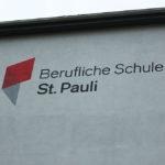 Fassadenbeschriftung vom Graffitikünstler