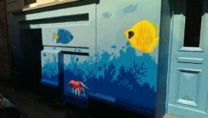 Graffiti Fassadengestaltung Unterwasser Korallen Fische Krebs